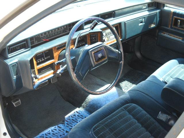 1985 cadillac deville 1401 s minnesota sioux falls sd 57105 cheap used cars for sale by owner. Black Bedroom Furniture Sets. Home Design Ideas
