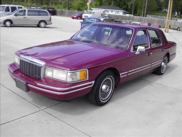 1991 lincoln town car used cars for sale. Black Bedroom Furniture Sets. Home Design Ideas