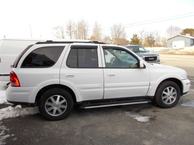 2005 Buick Rainier