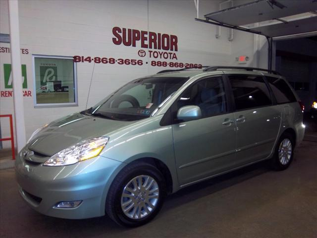 Tothego - 2010 Toyota Sienna_1