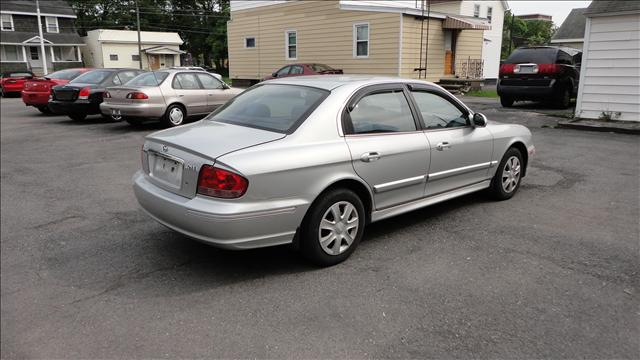 Image 9 of 2003 Hyundai Sonata…
