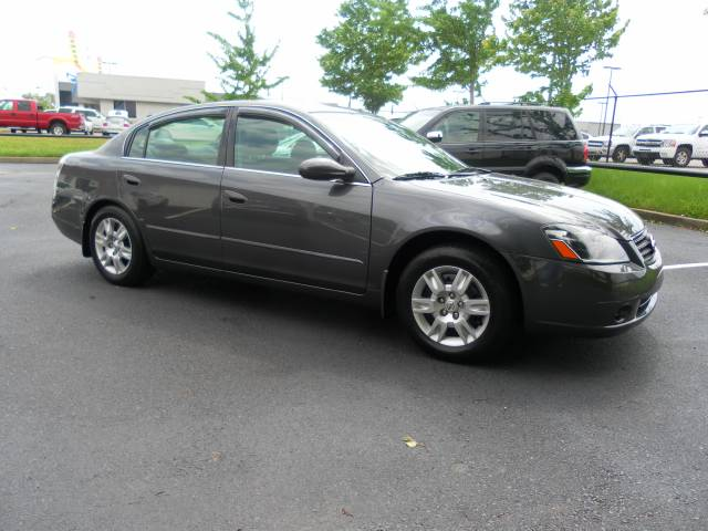 used 2006 nissan altima for sale 7887 us highway 64 memphis tn 38133 used cars for sale. Black Bedroom Furniture Sets. Home Design Ideas
