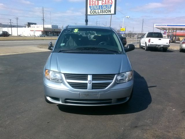 2005 Dodge Caravan Sport - Redford MI
