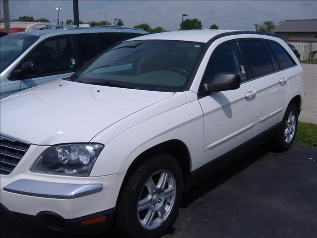 Image 6 of 2006 Chrysler Pacifica…