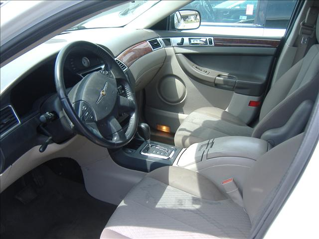 Image 10 of 2006 Chrysler Pacifica…