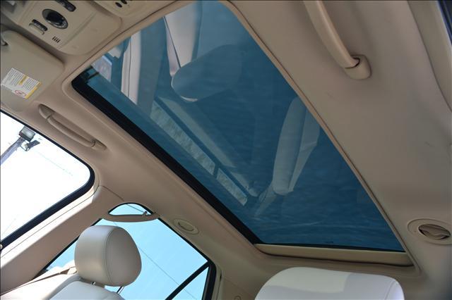 Image 9 of 2004 Cadillac SRX 6-Cylinder…
