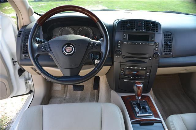 Image 19 of 2004 Cadillac SRX 6-Cylinder…