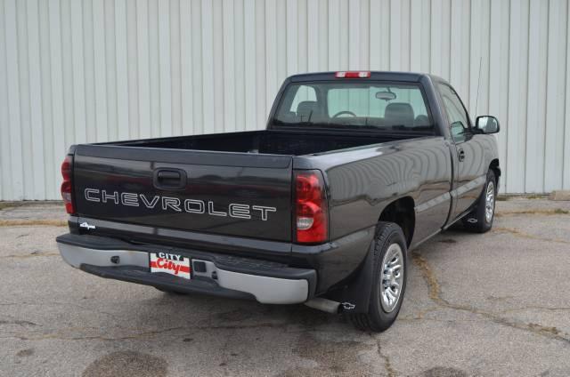 Image 10 of 2005 Chevrolet Silverado…