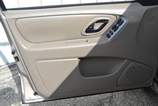 Image 14 of 2007 Ford Escape 6-Cylinder…