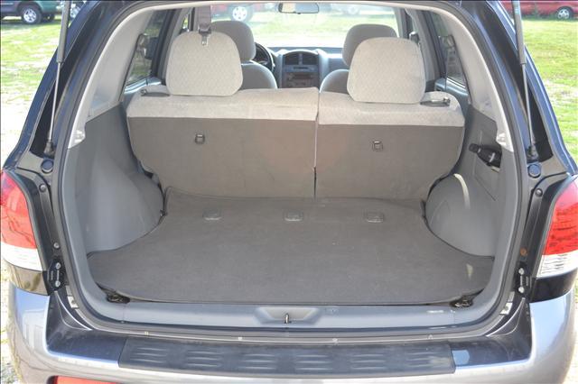 Image 11 of 2006 Hyundai Santa Fe…