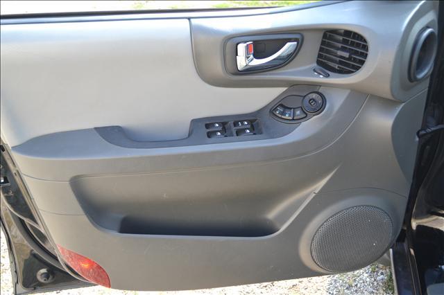Image 13 of 2006 Hyundai Santa Fe…