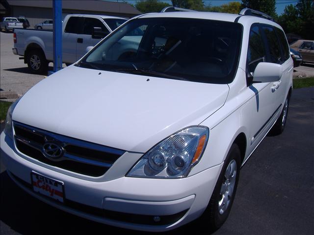 Image 8 of 2007 Hyundai Entourage…