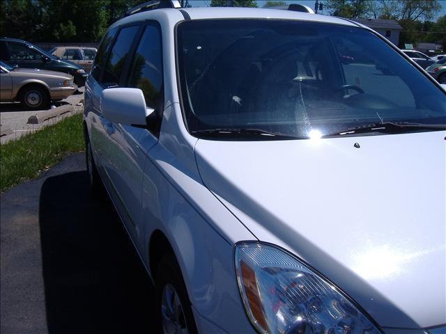 Image 9 of 2007 Hyundai Entourage…