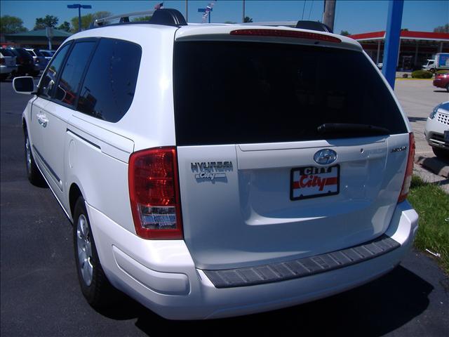 Image 11 of 2007 Hyundai Entourage…