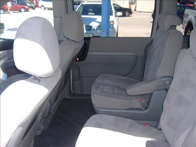 Image 13 of 2007 Hyundai Entourage…