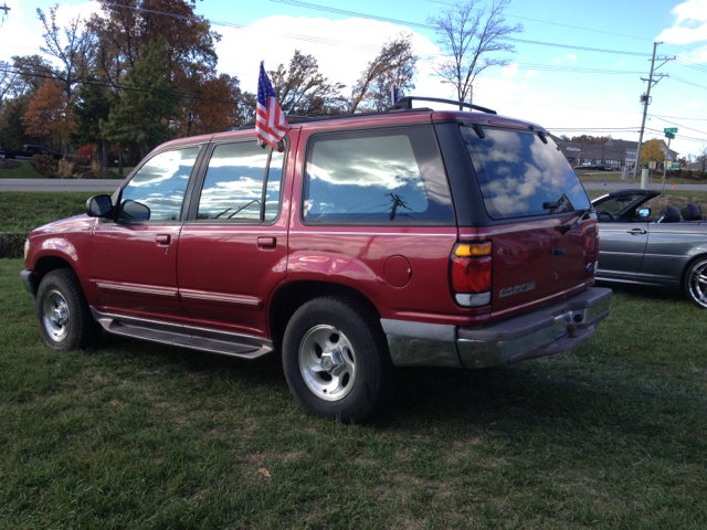 1995 Ford Explorer XLT - North Aurora IL