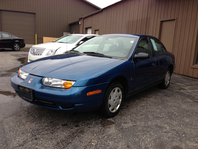 2000 Saturn S Series SL1 - North Aurora IL