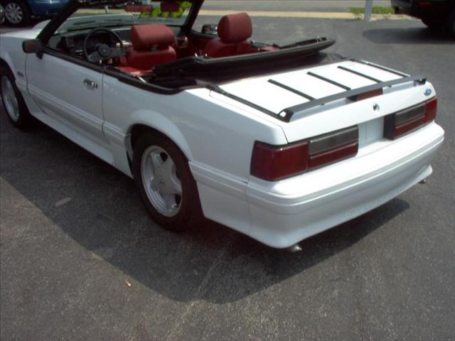 Image 12 of 1989 Ford Mustang ERTIBLE…