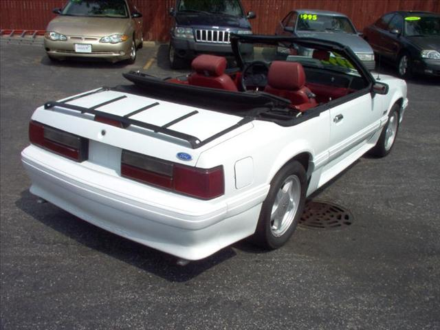 Image 13 of 1989 Ford Mustang ERTIBLE…