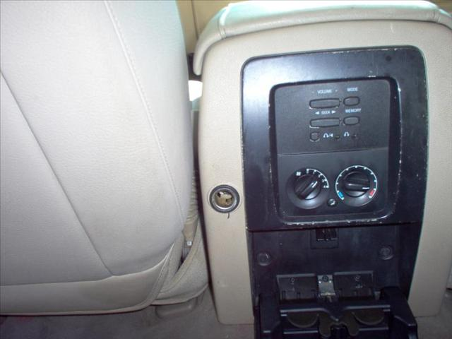 Image 16 of 2003 Ford Expedition…