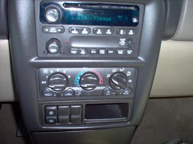 Image 6 of 2004 Chevrolet Venture…