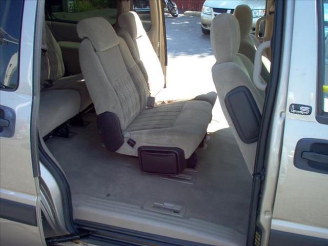 Image 14 of 2004 Chevrolet Venture…