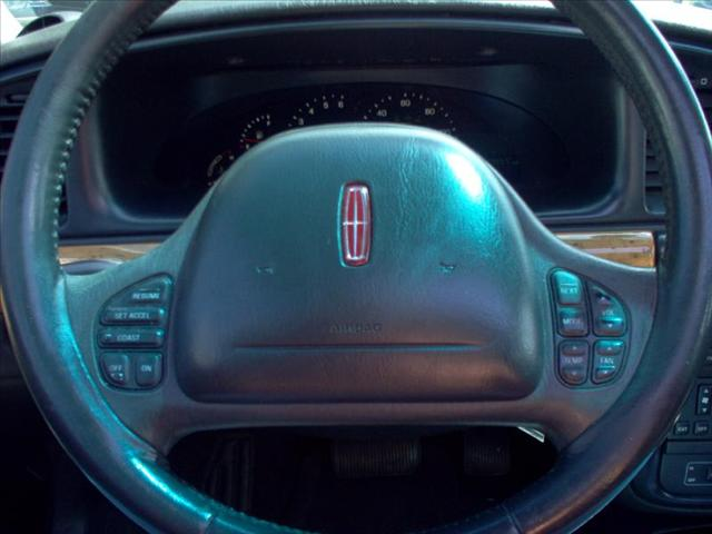 Image 24 of 1998 Lincoln Continental…