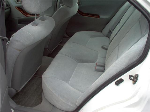 Image 13 of 2001 Mitsubishi Galant…