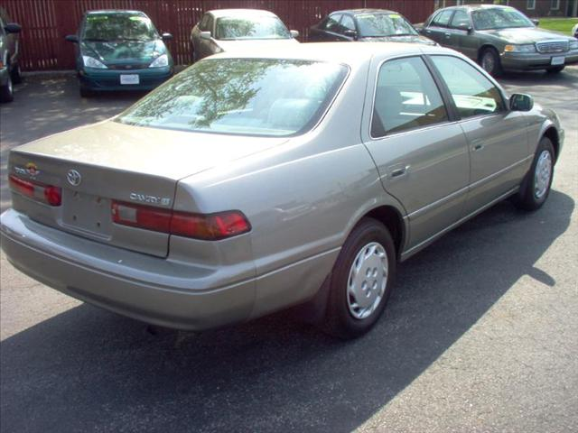 Image 13 of 1999 Toyota Camry LE…
