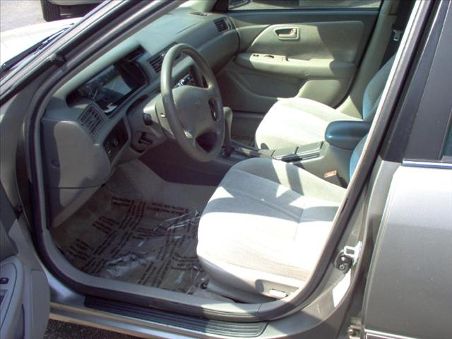 Image 15 of 1999 Toyota Camry LE…