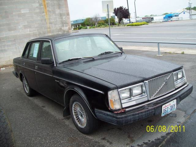 Used 1983 Volvo 240 For Sale 104 South Gum Street