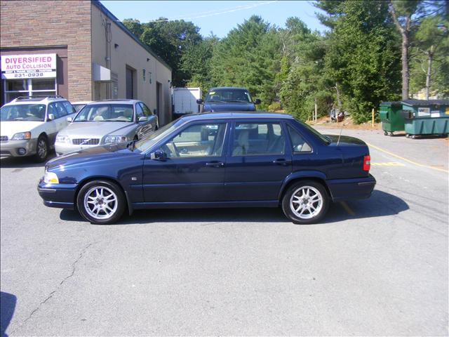 More Used Volvo S70