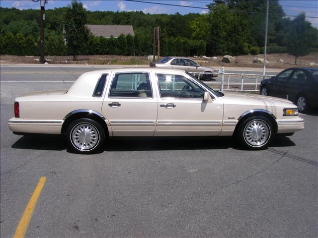 Cars For Sale In Ri: Used 1997 Lincoln Town Car For Sale