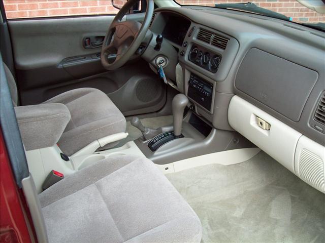 Image 2 of 2001 Mitsubishi Montero…