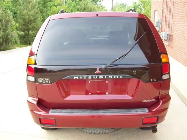 Image 8 of 2001 Mitsubishi Montero…
