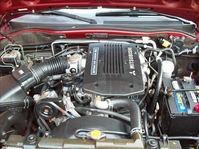 Image 9 of 2001 Mitsubishi Montero…