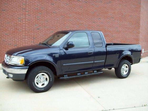 Image 1 of 1999 Ford F150 8-Cylinder…