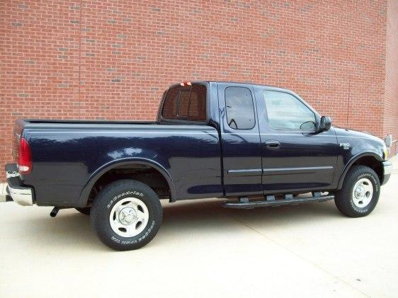 Image 2 of 1999 Ford F150 8-Cylinder…