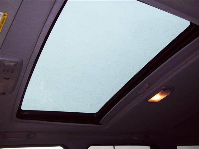 Image 7 of 2000 Toyota 4Runner…
