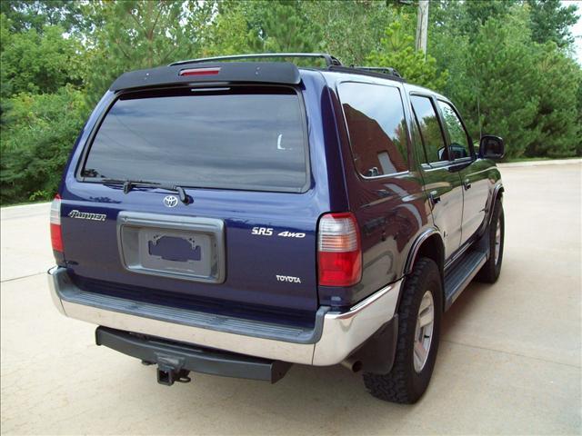 Image 12 of 2000 Toyota 4Runner…