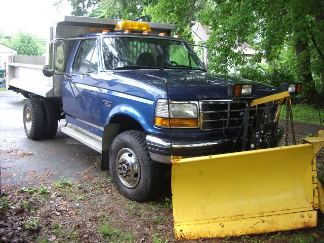 Image 2 of 1995 Ford F350 8-Cylinder…