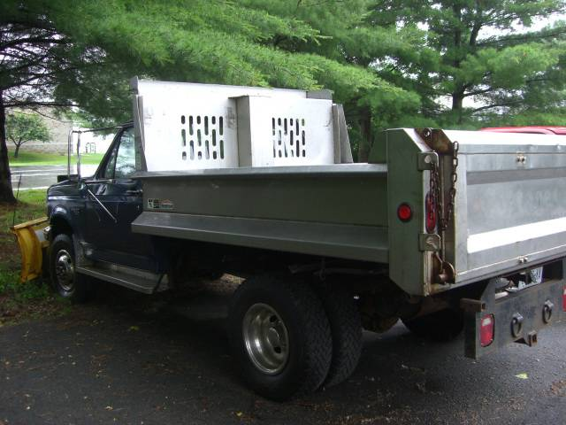 Image 4 of 1995 Ford F350 8-Cylinder…