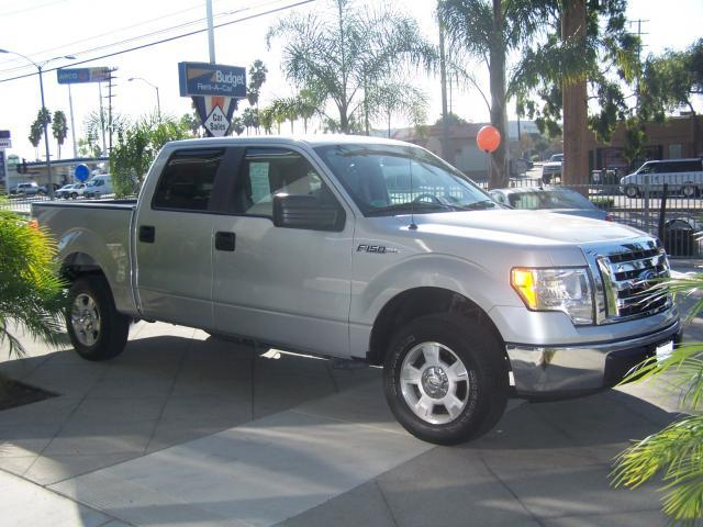 Image 9 of 2009 Ford F150 XLT Pickup…