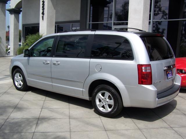 Image 7 of 2010 Dodge Grand Caravan…