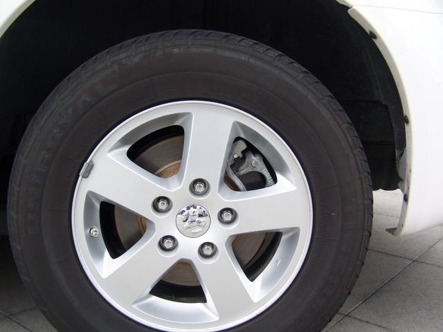Image 3 of 2010 Dodge Grand Caravan…