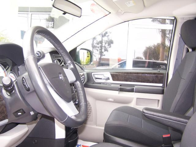 Image 10 of 2010 Dodge Grand Caravan…
