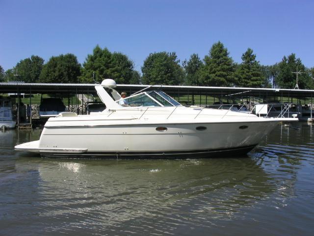 1997 Tiara Yacht 3500 Express 785 miles $105000. Special $98500