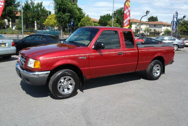 2001 FORD RANGER XLT SUPERCAB 40 2WD red -this is very clean truck with a clean title and a clean