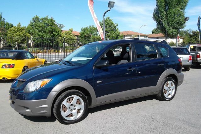 2003 PONTIAC VIBE blue -this is truly a clean and original pontiac vibegreat commuter car