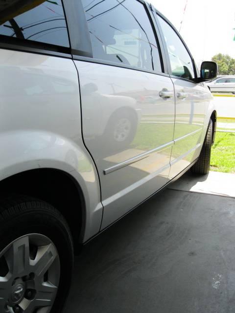 Image 3 of 2009 Dodge Grand Caravan…